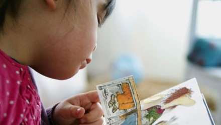 140722-child-reading_0