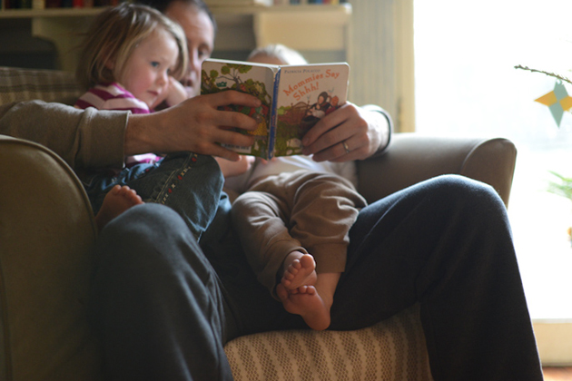 001-father-reading-with-children