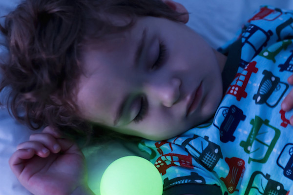 Glo_1651_ChildSleeping3-lpr